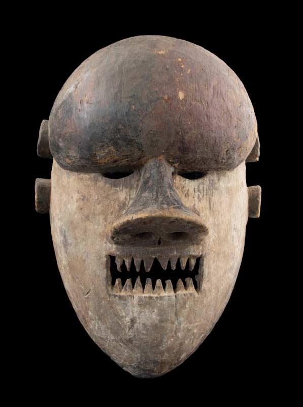 masque africain guerrier